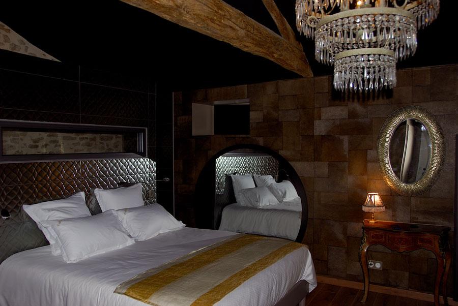 La love room L'Absolu, suite glamour et romantique en Vendée